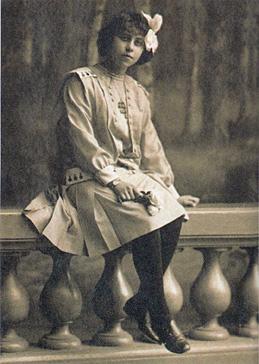 Irène Némirovsky à l'âge de son héroïne du Bal